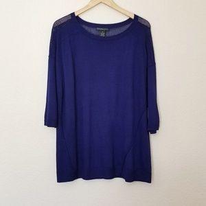 Scoop Neck Light Sweater/Blouse